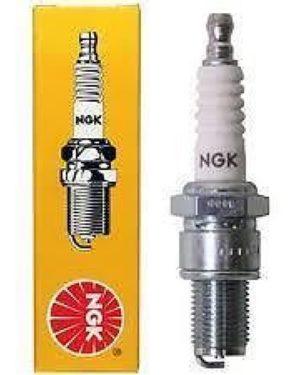 CR8EB-9 NGK Spark Plug
